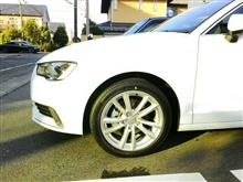 A3(セダン)Audi純正(アウディ) 8VSedan10スポークダイナミックデザインアルミホイール17×7.5Jの単体画像