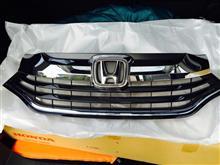 シャトルホンダ(純正) ハイブリッド車用グリルの単体画像