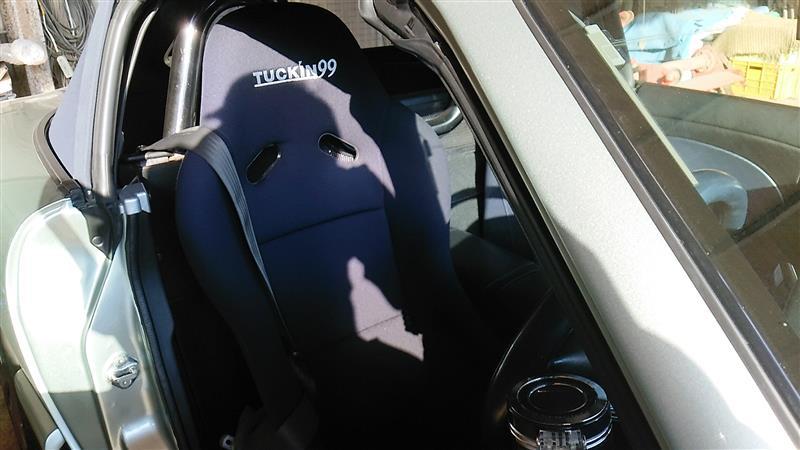 Tuckin99 フルバケットシートRS(黒)・スライダー(運転席側)セット