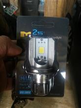 グラストラッカー ビッグボーイメーカー・ブランド不明 LED ヘッドライト H4 hilo 6W 800LM の単体画像