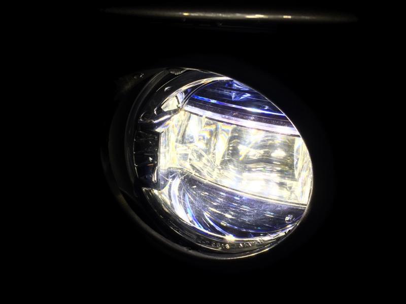 トヨタ(純正) LEDフォグランプ