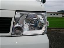 クリッパートラック三菱自動車(純正) タウンボックス用ヘッドライトの単体画像