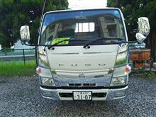 キャンター三菱自動車(純正) メッキフロントグリルの全体画像