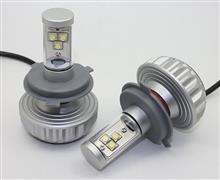 リーザメーカー・ブランド不明 H4 LEDヘッドライト CREEx3チップ 3000lmの単体画像