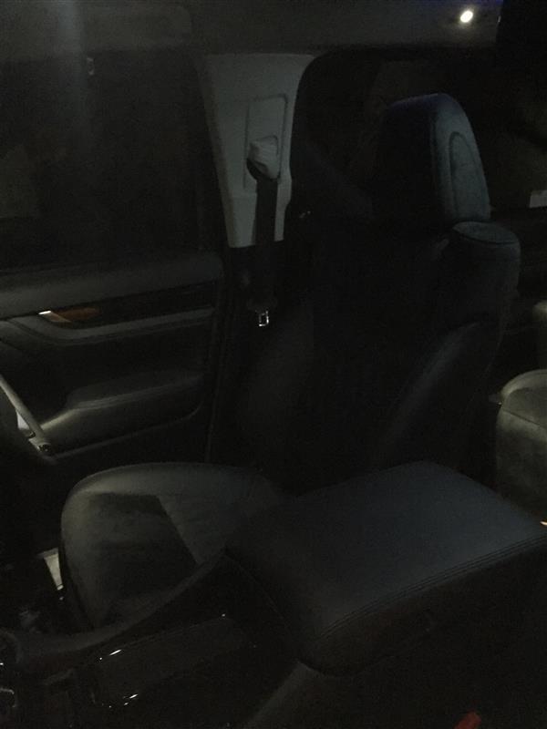 トヨタ(純正) 運転席8ウェイパワーシート