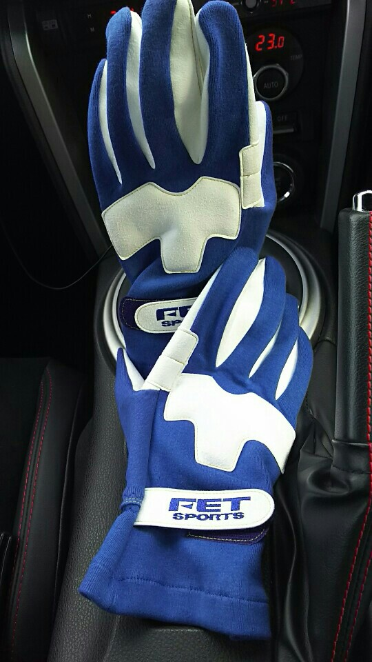 FET FET SPORTS 3D LIGHT WEIGHT GLOVE