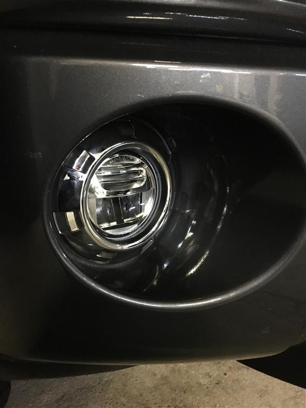 三菱自動車(純正) メッキフォグべゼル