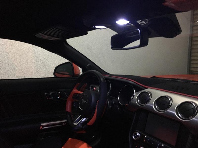 不明 LED Interior Light (55 lumens タイプ)