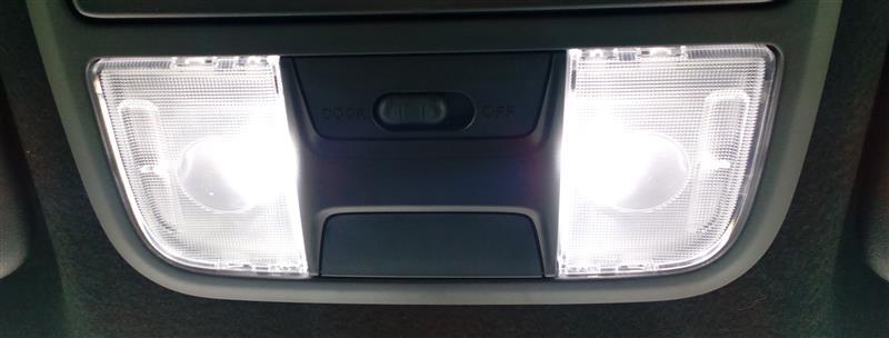 ホンダ純正 LED ルームランプ