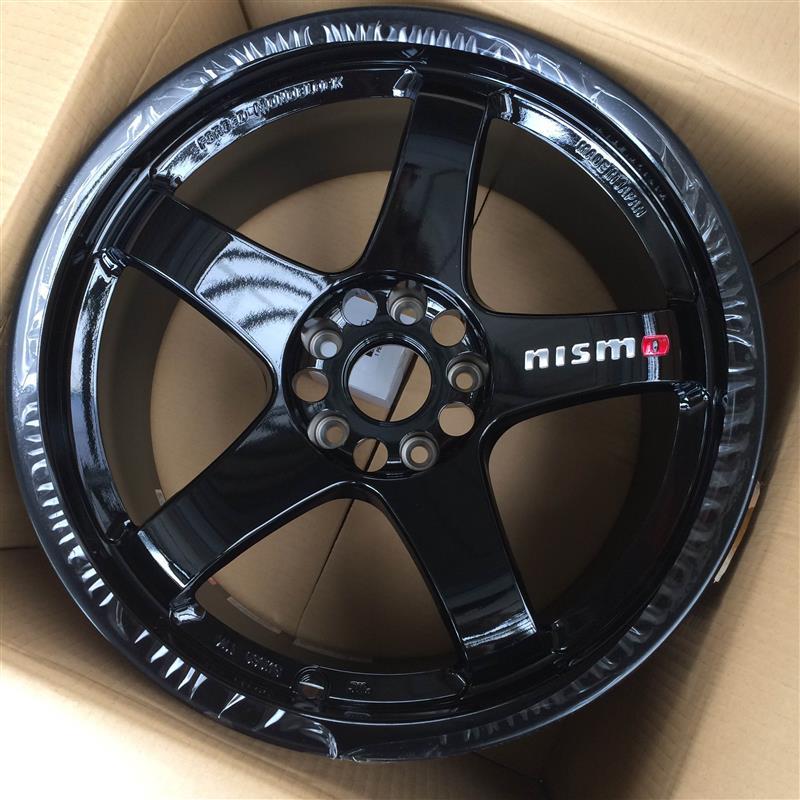 NISMO NISMO LMGT4 18X9.5J +12 ブラック