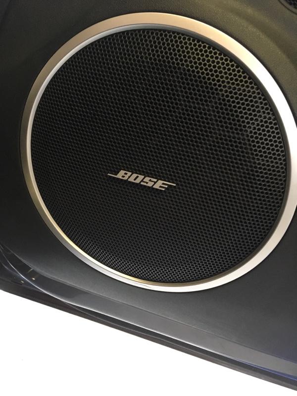 BOSS Audio Systems エンブレム