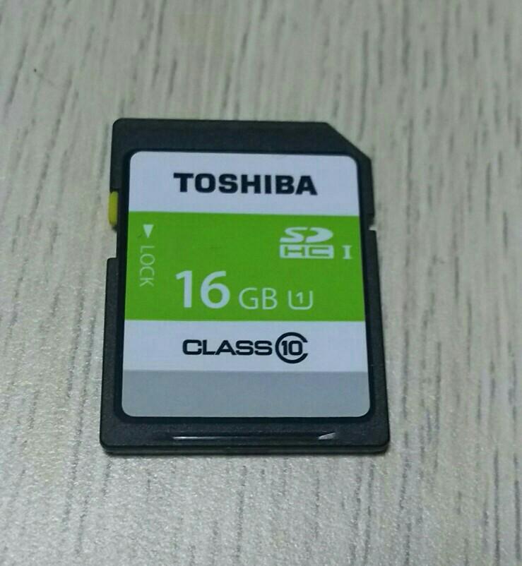 TOSHIBA SDカード