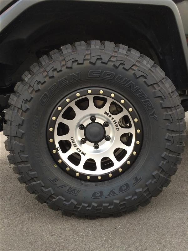 TOYO TIRES TOYO OPEN COUNTRY M/T 305/70-16