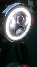 TW225EHOZAN 5.75インチ CREE製LED ヘッドライト デイタイムランニングライト付き ブラックの全体画像