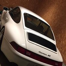 911 (クーペ)ポルシェ(純正) carrera用グリルの単体画像