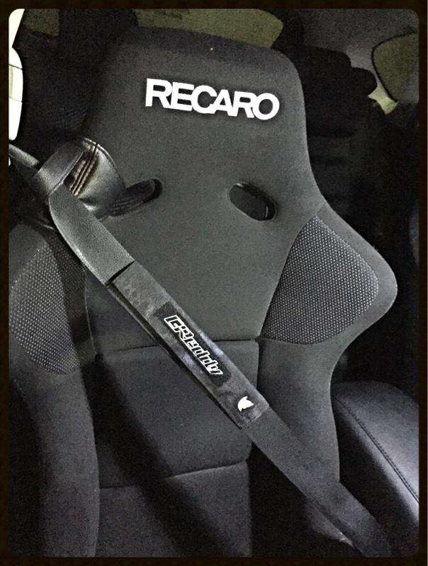 TRUST シートベルトパット