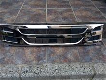 エルフトラックいすゞ いすゞ純正メッキグリルの単体画像