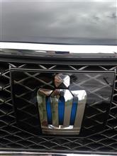 クラウンアスリート ハイブリッドトヨタ(純正) プリクラッシュエンブレムの単体画像