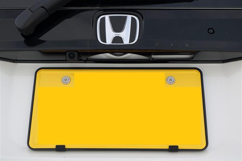 [CAR MATE / カーメイト] LUXIS ナンバーベース スリム BK / LS401