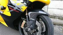 GSX1300R HAYABUSA (ハヤブサ)CLEVER WOLF Racing クレバーウルフレーシング  カーボンフロントフェンダー (綾織)の全体画像