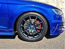 S3 スポーツバック (ハッチバック)RAYS VOLK RACING ZE40の全体画像