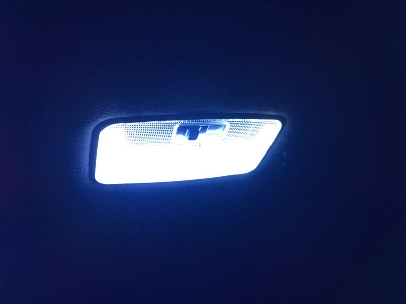 ノーブランド LED(センター)