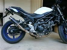 SV650ABSDELKEVIC マフラーの単体画像