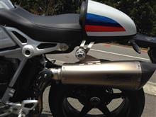 R nineT RacerAKRAPOVIC Slip-on exhust systemの全体画像