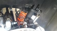 A45 AMG 4MATICAragosta 車高調 フロントキャンバー調整式ピロボールアッパーマウント仕様の全体画像