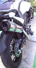V-Strom 650XT ABSTwo Brothers Racing フルエキゾーストマフラー M2アルミサイレンサーの全体画像