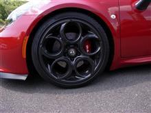 4C スパイダーautoplus 車高調サスペンションシステムの全体画像