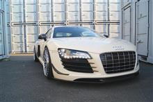 R8 (クーペ)balance it Front Lip Spoiler for Audi R8(42) の単体画像