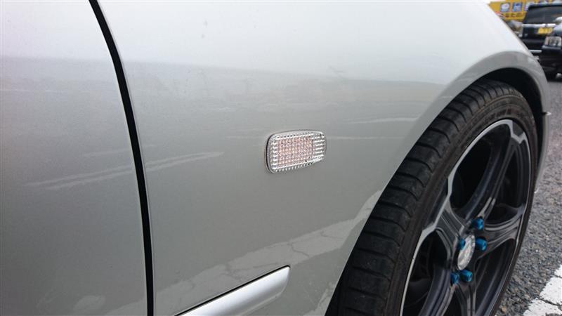 メーカー不明 LED サイドマーカー