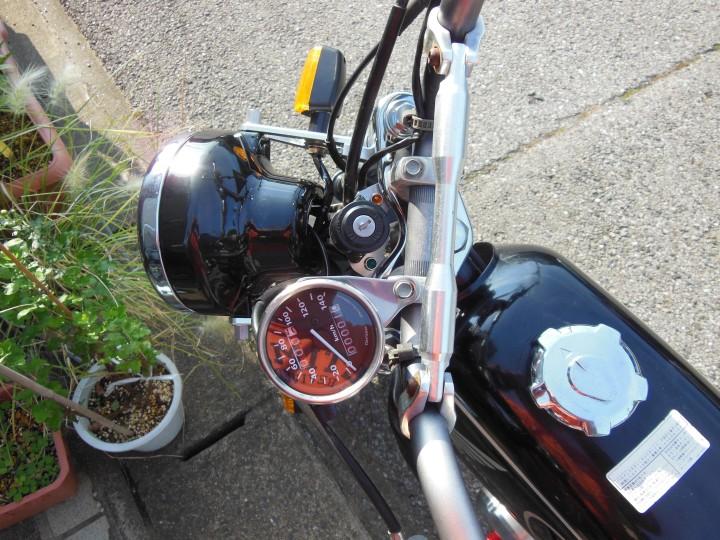 DAYTONA(バイク) 機械式スピードメーター140km/h トリップ付