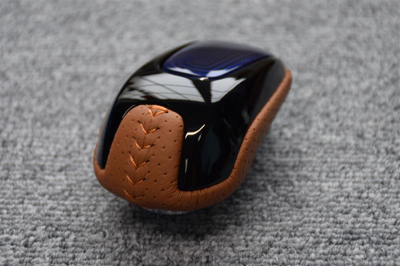 Leather Custom FIRST フリードハイブリッド用ATノブカスタム