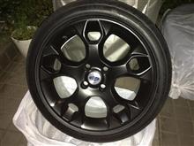 """フォーカス (ハッチバック)フォード(純正) OEM Ford Fiesta 17"""" Alloy Wheels - 5 Spoke Y Designの単体画像"""