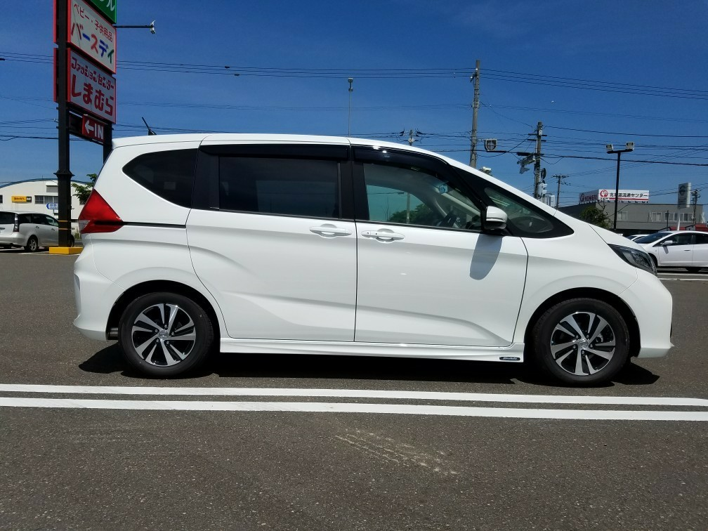 Modulo / Honda Access ロアスカート サイド