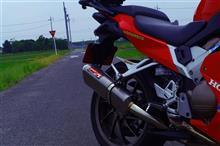 VFR800FRFY / RACING FACTORY YAMAMOTO TYPE-SAマフラーの全体画像