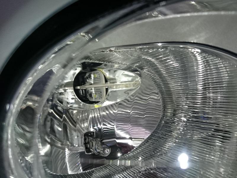 THREE HUNDRED LEDポジションランプ