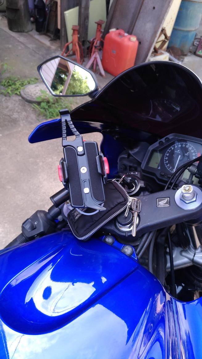 DAYTONA(バイク) スマートフォンホルダーWIDE IH-250D