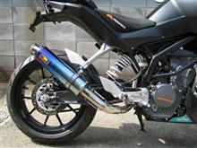 125Duke22レーシング チタンマフラーの単体画像