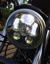スポーツスター883無名 LEDヘッドライト 5 3/4インチの単体画像