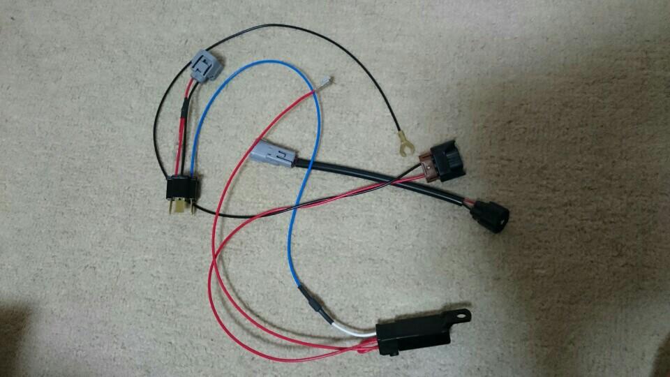 あるといいね!便利商品 NCP30/31/35 bB ハロゲンH4⇒後期HIDヘッドライト変換ハーネス ワンタッチ カプラーオンタイプ 簡単取付 4灯化 レベライザースイッチ付