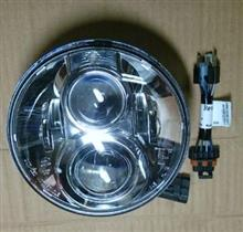 ストリートグライドハーレーダビッドソン(純正) LEDヘッドライト 7インチの単体画像