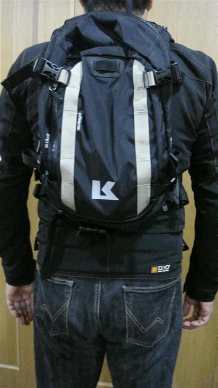 Kriega R15ラックサック & ハーネスポケット