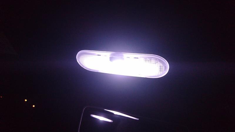 ピカキュウ フロントマップランプ対応LED T10