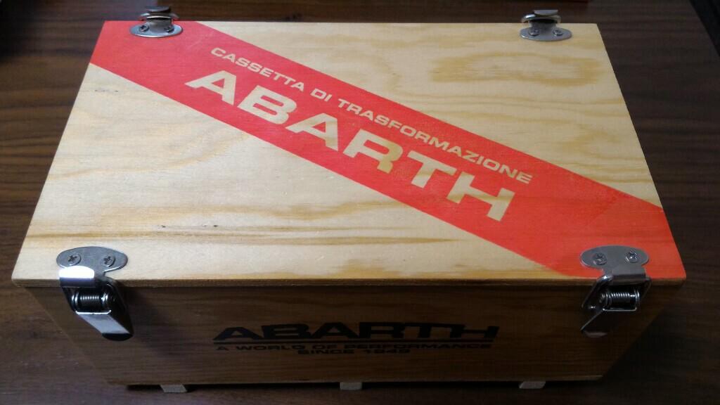 アバルト(純正) 木製コンテナレプリカボックス Small