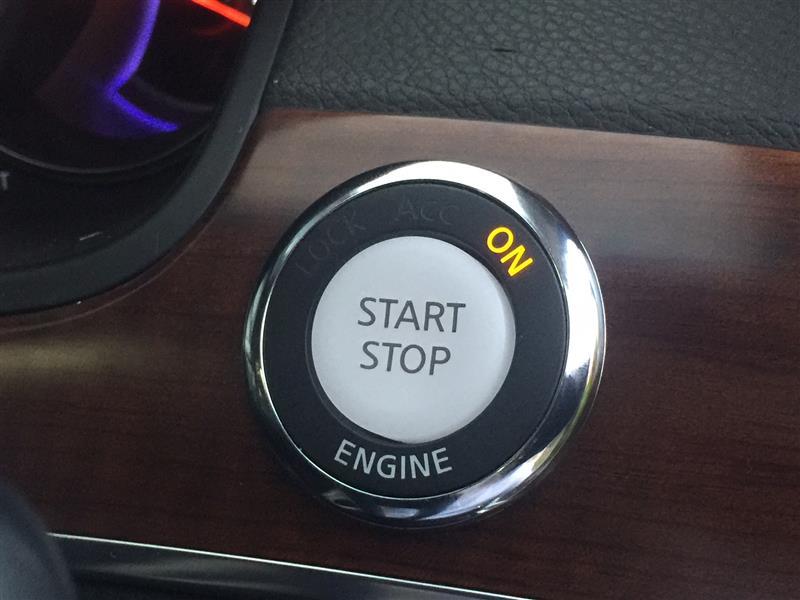 北米日産純正 プッシュエンジンスタートボタン