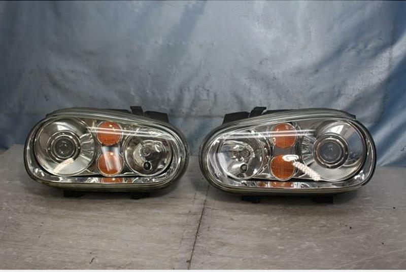 Volkswagen Genuine mk4 R32 headlight