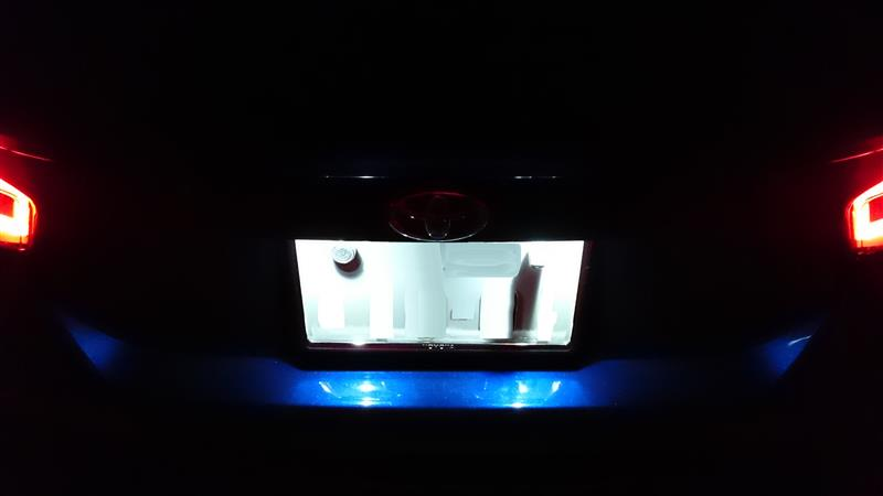 PIAA LEDポジションバルブ 45lm 6000K T10 / LEP104